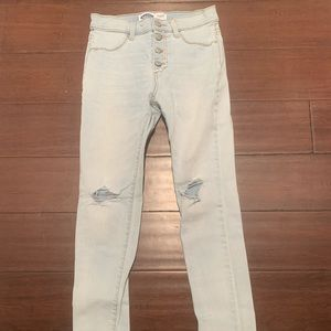 old navy light washed jeans